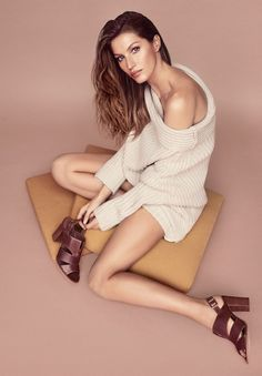 Gisele Bundchen wears knit sweater and sandals in Arezzo's fall 2017 campaign