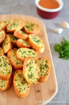 Grzanki z bagietki do zup i dań z grilla