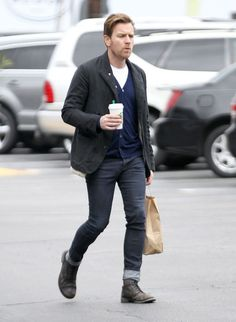 Ewan McGregor + Coffee ..