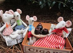 Maileg mice family