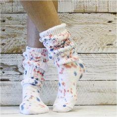 La Gear Sneakers, Slouch Socks, Tie Dye Socks, Tie Dye Colors, Fashion Socks, Tie Dyed, Summer Of Love, Red White Blue, Retro Fashion