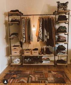 Bedroom Setup, Room Ideas Bedroom, Bedroom Decor, Home Room Design, Home Interior Design, Interior Plants, Simple Closet, Aesthetic Room Decor, Closet Designs