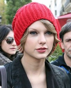 10 Beanies With Short Hair Ideas Hats For Short Hair Short Hair Styles Hats Short Hair