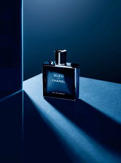 :::The Blog Luxury By Savas::: : :::Bleu de Chanel lance sa version Eau de Parfum!:...