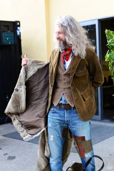 ✸This Old Stomping Ground✸ - Men's style, accessories, mens fashion trends 2020 Old Man Fashion, Mature Fashion, Boho Fashion, Mens Fashion, Fashion Hair, Mode Masculine, Stylish Men, Men Casual, Bohemian Style Men