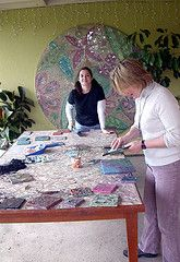 Ellen Blakely tempered glass mosaic class ~ San Francisco by mosaic art source