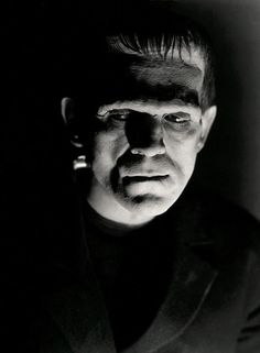 I seem to have spent most of my childhood watching old black & white movies and either dreaming of another life or scaring myself silly!  Frankenstein, 1931   Dir James Whale