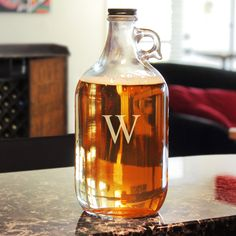 Cathy Personalized Craft Beer Growler (Blank / No Initial), Clear (Glass)