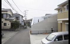House kn by Kochi Architect's Studio, Miura City, Kanagawa
