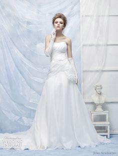 http://weddinginspirasi.com/2011/09/25/confetti-by-jung-sun-young-wedding-dresses/  { confetti jung sun young wedding dresses }  #weddingdress #weddings #wedding #bridal