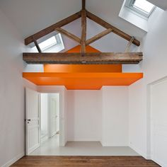 Extension To A House In Chaville by Cut Architecture Mini Loft, Interior Architecture, Interior And Exterior, Interior Design, Loft Spaces, Small Spaces, Open Spaces, Desk Layout, House Extensions