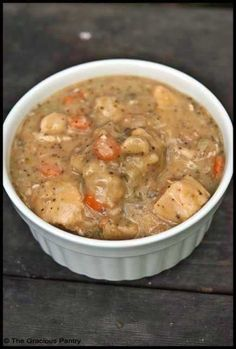 Low calorie slow cooker chicken and dumplings!  Sounds yummy!