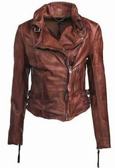 Gorgeous leather jacket for fall