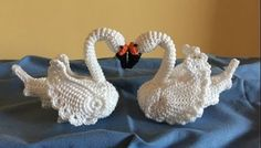 Mesmerizing Crochet an Amigurumi Rabbit Ideas. Lovely Crochet an Amigurumi Rabbit Ideas. Crochet Zig Zag, Crochet Birds, Single Crochet Stitch, Tunisian Crochet, Irish Crochet, Crochet Motif, Crochet Animals, Crochet Crafts, Double Crochet