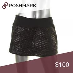 NWT⭐️Zella Black Textured Stretch Mini Skirt Manufacturer: Zella Size: S Size Origin: US Manufacturer Color: Black Condition: New with tags Style Type: Mini Collection: Zella Bottom Closure: Pull On Length: Mini Total Skirt Length: 12 Inches Waist Across: 14 1/4 Inches Hips Across: 17 Inches Fabric Type: Textured Specialty: Stretch Zella Skirts Mini