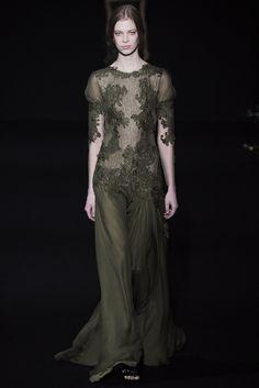 Alberta Ferretti Fall 2014 Ready-to-Wear Fashion Show - Lexi Boling