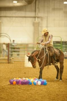 Top 10 horse obstacles you wish you had. Balloon Obstacle, Courtesy of … Top 10 horse obstacles you wish you had. Balloon Obstacle, Courtesy of Sidewinder Media Horse Training Tips, Horse Tips, Extreme Trail, Horse Arena, Horse Exercises, Horse Games, Trail Riding, Western Riding, Horse Love