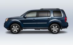 All Pilot models feature rear privacy glass to help keep rear passengers cool and cargo items private   www.crownhonda.ca