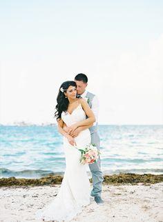 Dreamy Beach Punta Cana Destination Wedding - http://www.2016hairstyleideas.com/wedding/dreamy-beach-punta-cana-destination-wedding.html