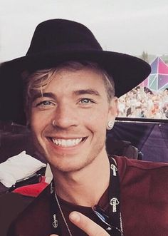 Sauli from last weekend edited from Sauli's IG pic by me.