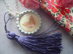 **Butterlfy** Versilberte Kette mit Schmetterling von Happy Lilly auf DaWanda.com
