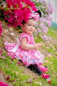 My little baby shawda,her first birthday.she like pink party dress Cute Little Baby, Pretty Baby, Little Babies, Cute Babies, Little Girls, Precious Children, Beautiful Children, Beautiful Babies, Cute Baby Pictures