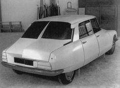 New design backside Citroen DS