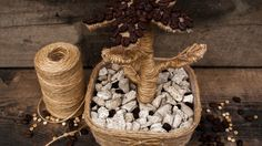 DIY | Tutorial flower from coffee beans