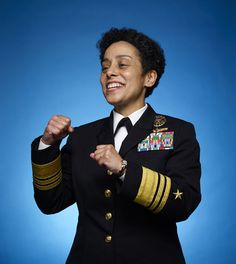 Leadership Lessons From Admiral Michelle Howard, The Highest Ranking Woman and African American Woman In Naval History Military Women, Military Police, Military Aircraft, Army, Warriors Game, Female Warriors, Authentic Leadership, Leadership Lessons, Naval History