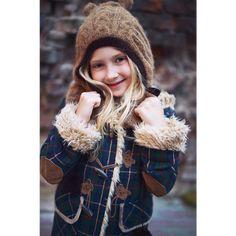Paddington lookbook | Leya.me Winter Hats, Fall Winter, Collection, Fashion, Moda, La Mode, Fasion, Fashion Models, Trendy Fashion