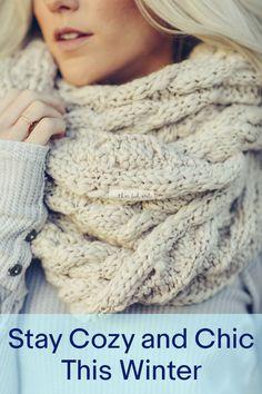 Knit Crochet, Crochet Hats, Hand Crochet, Crochet Stitches, Knit Wrap, Fall Accessories, Fashion Over 50, Loom Knitting, Keep Warm