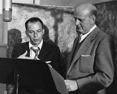 Frank Sinatra First Capitol Recods sessionwith Axel Stordahl, - Image Great American Songbook, David Niven, Music Happy, Old Music, Humphrey Bogart, Lauren Bacall, Dean Martin, Judy Garland, Interesting Faces