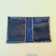 yeni elişi ve özgün tasarım deriden cüzdan | new design handmade and unique leatherwork wallet ☆ ☆ ☆ #elişi #özgün #tasarım #deri #deriişçiliği #yeni #cüzdan #handmade #unique #design #leatherworks #leather #new #wallet #istanbul #işimdeyimgücümdeyim #instadaily #keyfitasarim #aşkiçin #barışile #withlove #forpeace