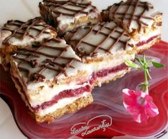 Sweet Desserts, Just Desserts, Delicious Desserts, Good Food, Yummy Food, Romanian Food, Food Cakes, Something Sweet, I Foods