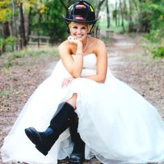 Firefighter Bridal Portrait   Lindsey & Beto Photography