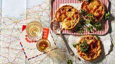 Taste le tour - Dutch gouda tartlets.
