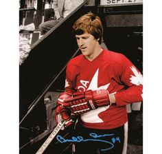 This Hand-Signed Photo has been beautifully and personally autographed by Bobby Orr.Autographed 1976 Canada Cup Spotlight 11 x 14 Photo Bruins Hockey, Hockey Goalie, Canada Cup, Bobby Orr, Nfl Fans, Hockey Cards, Sports Figures, Vintage Football, Boston Bruins