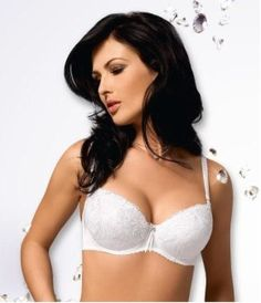 Models breast size thought differently