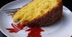 Bolo (muito fofo) de Laranja O segredo para a fofura deste bolo é a fécula de batata que o torna tão leve e tão fofo que parece ...