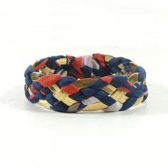 """<p>Bracelet en viscose haute couture et laiton. Collection """"Malink"""