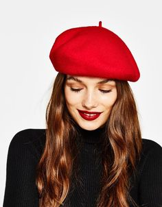 Discover this and many more items in Bershka with new products every week Wool beret. Discover this and many more items in Bershka with new products every week Red Berets, Wool Berets, Barett Outfit, French Hat, Look Fashion, Womens Fashion, Outfits With Hats, Cool Hats, Red Hats