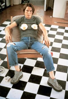 sarah lucas - Self Portrait with Fried Eggs, 1996 Tate collection. Rembrandt, Lucas Y Sara, Tracey Emin, National Gallery, Sir Anthony, Saatchi Gallery, Galleries In London, Feminist Art, Contemporary Photography