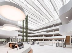 DSV: A New Modern Global Headquarters and Distribution Center in Denmark Architecture Office, Futuristic Architecture, Modern Buildings, Beautiful Buildings, Office Buildings, Shopping Mall Interior, Cladding Panels, Modern Shop, Facade Design