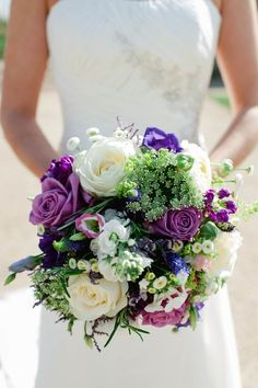 purple wedding bouquet with more green texture http://www.alexa-loy.com/