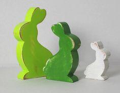 3 lapins en bois vert  vert anis  blanc patinés par mylittledecor