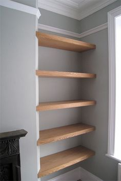 Floating shelves which slightly wrap onto the wall, would look nice in the alcove of the guest room Living Room Storage, Living Room Decor, Bookcase, Shelves, Diy, Home Decor, Drawing Room Decoration, Shelving, Build Your Own