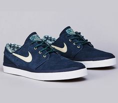 Nike SB Stefan Janoski Low – Armory Navy / Dark Sea – Flint Gold