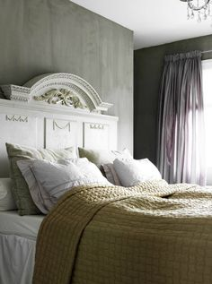 7bbd22fa02b1 review   au ur sk la Grey And Gold Bedroom