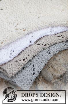 "Gestrickte DROPS Lappen in ""Cotton Light"" mit Perlmuster und Lochmuster. Dishcloth Knitting Patterns, Crochet Dishcloths, Knit Patterns, Free Knitting, Knitted Washcloths, Knitted Blankets, Drops Design, Magazine Drops, Drops Patterns"