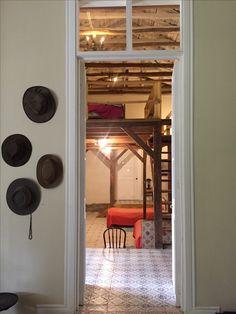 Corredor Casa de Campo #decoracion #arquitectura #construcción #campo #paisajismo  #fundo #deco #country #wood #albayalde